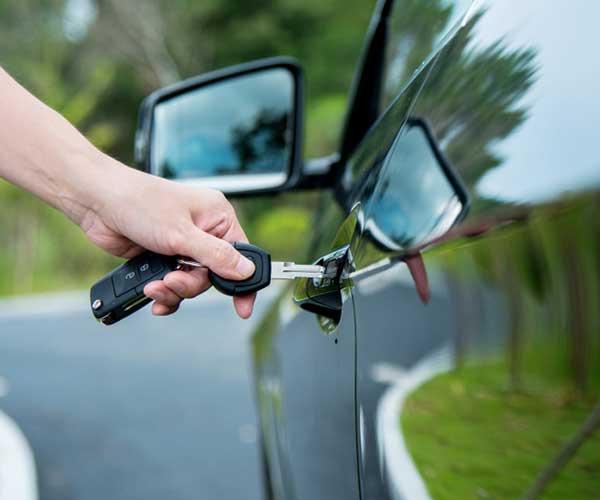 Trouvez la voiture idéale