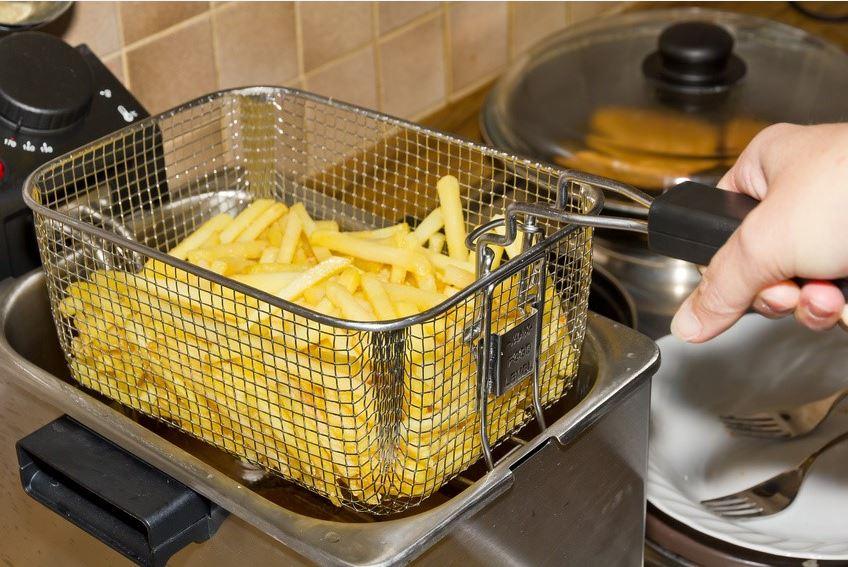 Quelle friteuse choisir pour réussir des frites croustillantes ...