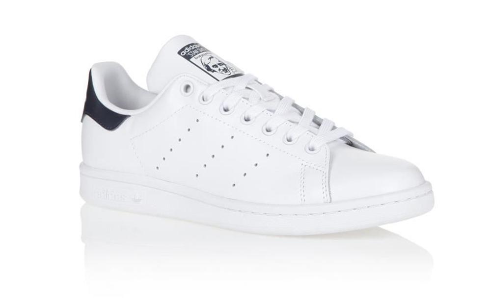 Adidas : les baskets Stan Smith à seulement 49</p>                 <!--bof Quantity Discounts table -->                                 <!--eof Quantity Discounts table -->                  <!--bof Product URL -->                                 <!--eof Product URL -->             </div>             <div id=